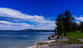 Lago Yellowstone del parque de Yellowstone Imagen de archivo libre de regalías