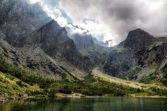 Lago Zelene Pleso in alte montagne di tatras, Slovacchia Immagini Stock
