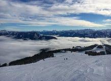 Lago Zell all'area austriaca Schmitten dello sci nelle alpi tirolesi Immagine Stock Libera da Diritti