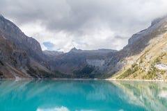 Lago Zeuzier, lago da montanha, Suíça, Vancôver Imagem de Stock
