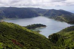 Lagoa执行Fogo。 圣地米格尔。 亚速尔群岛 免版税库存图片