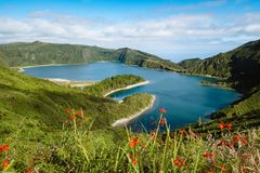 Lagoa делает лагуну Fogo огня - островов Азорских островов стоковое изображение rf
