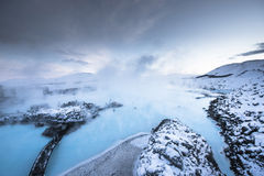 A lagoa azul famosa perto de Reykjavik, Islândia fotos de stock