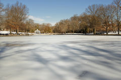 Lagoa congelada Foto de Stock Royalty Free