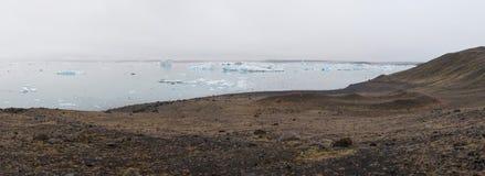 Lagoa da geleira de Jökulsárlón imagens de stock royalty free