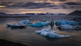 Lagoa da geleira, Jokulsarlon, Islândia Foto de Stock Royalty Free