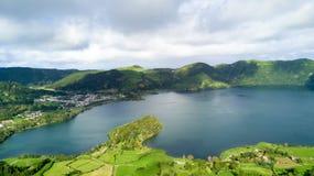 Lagoa das 7 Cidades (лагуна 7 городов) - Азорские островы - порт Стоковое Изображение RF