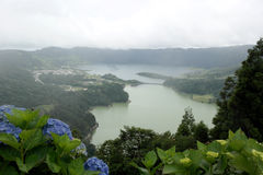 Lagoa das Sete Cidades, sao Miguel, Portogallo Fotografia Stock Libera da Diritti
