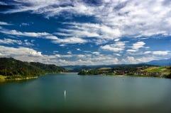 Lagoa de Czorszytn Imagens de Stock Royalty Free