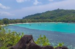 Lagoa de Launay do porto em Mahe Seychelles foto de stock royalty free