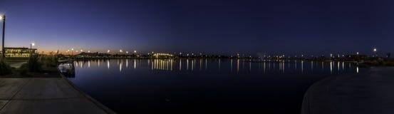 Lagoa em um parque da cidade Foto de Stock