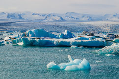 Lagoa glacial do gelo do rio em Jokulsarlon Islândia Imagem de Stock