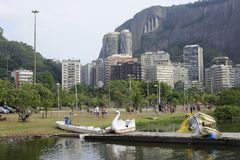 Lagoa jezioro jest rekreacyjnym centrum dla brazilians i turystów Zdjęcia Stock