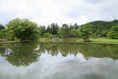 Lagoa Kanjizaio-em ruínas, Hiraizumi do ike de Maizuru GA fotografia de stock royalty free