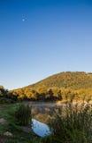 Lagoa na manhã Imagens de Stock
