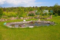Lagoa no jardim Fotografia de Stock Royalty Free