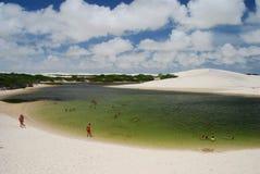 lagoa O ³ de Lençà é parque nacional de Maranhenses, Maranhão, Brasil Imagens de Stock Royalty Free