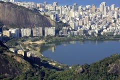 Lagoa Rodrigues de Freitas und Ipanema Stockbild