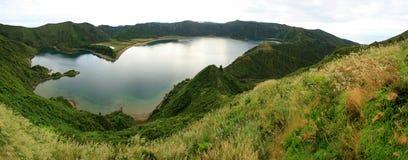 Lagoa tun Fogo Panorama 01 Stockbilder