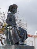 LAGOS, ALGARVE/PORTUGAL - 5 DE MARZO: Estatua de Henry el Navigato fotos de archivo