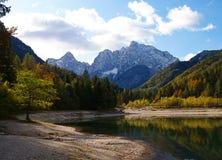 Lagos & montanhas de Eslovênia Imagens de Stock
