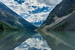 Lagos Shavlinsky en la montaña Altai Rusia Fotos de archivo