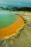 Lagos sulfur de Rotorua Nueva Zelandia Foto de archivo