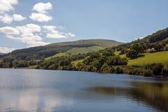 Lagos y opiniones mountain alrededor de País de Gales y de los faros de Brecon Fotografía de archivo libre de regalías