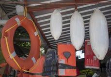 Lagra att sälja nautiska tillförsel arkivfoto