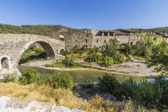 Lagrasse medeltida by, Frankrike royaltyfria foton