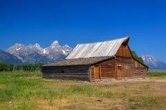 Lagret för T A Den Moulton ladugården är en historisk ladugård i Wyoming, eniga Sta arkivbild