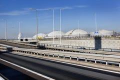Lagringsbehållare och infrastruktur i Nederländerna Royaltyfri Bild