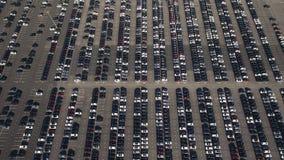 Lagringsparkering med nya bilar Arkivbilder