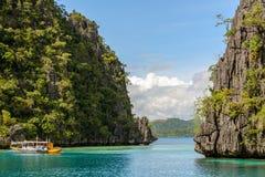 Lagun på den Coron ön, Palawan, Filippinerna Arkivbild