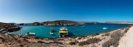 Laguna azul en la isla de Comino Foto de archivo libre de regalías