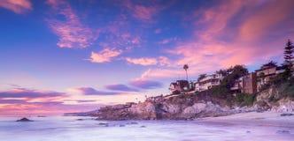 Laguna Beach au coucher du soleil photographie stock libre de droits