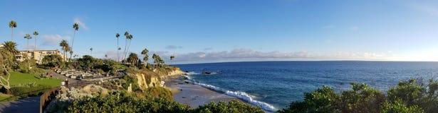 Laguna Beach de négligence, crique de plongeurs, du passage couvert de parc de Heisler photos libres de droits