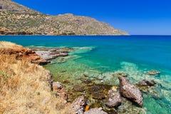 Laguna blu della baia di Elounda su Creta Fotografia Stock