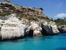 Laguna blu sul menorca spagna Fotografie Stock Libere da Diritti