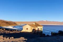 Laguna Colorada, ondiep zout meer in het zuidwesten van altiplano van Bolivië royalty-vrije stock foto's
