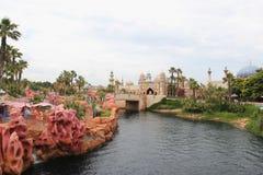 Laguna de la sirena y costa árabe en Tokio DisneySea Foto de archivo libre de regalías