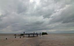 Laguna di deterioramento abbandonata di Chachmuchuk del bacino della barca in Isla Blanca Cancun Mexico Fotografie Stock
