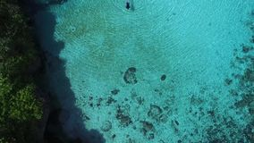 Laguna di Weekuri, isola di Sumba, Indonesia stock footage