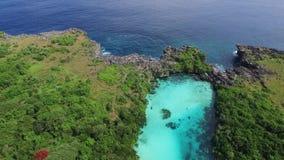 Laguna di Weekuri, isola di Sumba, Indonesia video d archivio