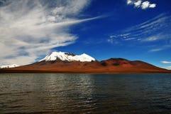 Laguna e vulcano Fotografia Stock Libera da Diritti