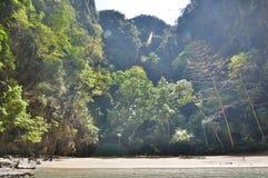Laguna esmeralda de la cueva Mook de la KOH tailandia fotos de archivo