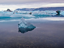 Laguna glacial foto de archivo libre de regalías