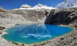 Laguna 69, Huascaran nationalpark - Huaraz - Peru Royaltyfria Bilder