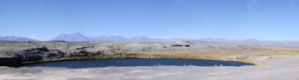 Laguna Inka Coya en el desierto de Atacama Stock Photo