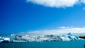 Laguna Jokulsarlon, glacjalny jezioro i góry lodowa, Iceland Fotografia Royalty Free